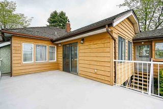 """Photo 12: 1434 EDINBURGH Street in New Westminster: West End NW House for sale in """"West End"""" : MLS®# R2366392"""
