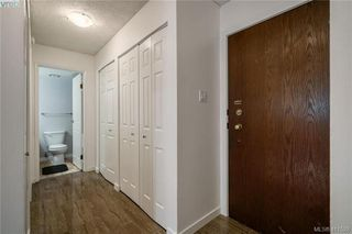 Photo 4: 402 1025 Inverness Rd in VICTORIA: SE Quadra Condo Apartment for sale (Saanich East)  : MLS®# 815890