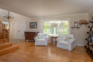 Photo 6: PACIFIC BEACH House for sale : 5 bedrooms : 5022 Pendleton St in San Diego