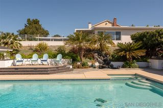 Photo 18: PACIFIC BEACH House for sale : 5 bedrooms : 5022 Pendleton St in San Diego