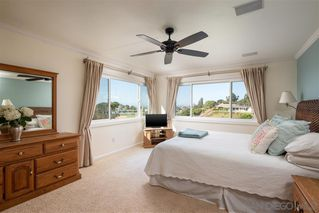 Photo 8: PACIFIC BEACH House for sale : 5 bedrooms : 5022 Pendleton St in San Diego