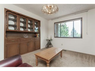 Photo 10: 26833 25 Avenue in Langley: Aldergrove Langley House for sale : MLS®# R2382975
