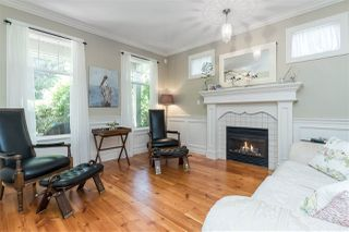 Photo 2: 2236 MADRONA Place in Surrey: King George Corridor House for sale (South Surrey White Rock)  : MLS®# R2382788