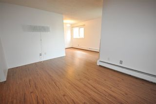 Photo 9: 5 10721 116 Street in Edmonton: Zone 08 Condo for sale : MLS®# E4164577
