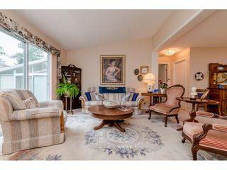 Photo 3: 5507 SWIFTSURE Bay in Delta: Neilsen Grove House for sale (Ladner)  : MLS®# R2395764