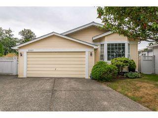Photo 1: 5507 SWIFTSURE Bay in Delta: Neilsen Grove House for sale (Ladner)  : MLS®# R2395764