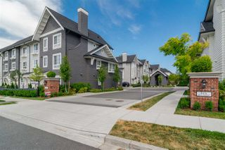 "Photo 20: 39 8476 207A Street in Langley: Willoughby Heights Townhouse for sale in ""York By Mosaic"" : MLS®# R2408094"