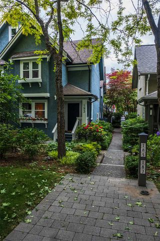 Photo 1: 193 W 13TH Avenue in Vancouver: Mount Pleasant VW Townhouse for sale (Vancouver West)  : MLS®# R2409380