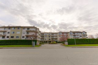 "Photo 1: 108 20600 53A Avenue in Langley: Langley City Condo for sale in ""RIVERGLEN ESTATE"" : MLS®# R2419379"