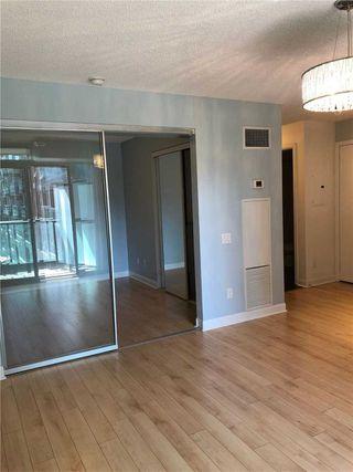 Photo 12: 428 525 Wilson Avenue in Toronto: Clanton Park Condo for lease (Toronto C06)  : MLS®# C4754904