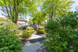 "Photo 4: 2380 E 5TH Avenue in Vancouver: Grandview Woodland House for sale in ""GRANDVIEW-WOODLAND"" (Vancouver East)  : MLS®# R2455166"