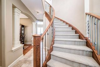 Photo 2: 139 SIENNA PARK Heath SW in Calgary: Signal Hill Detached for sale : MLS®# C4299829