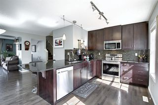 Photo 9: 83 NEW BRIGHTON Common SE in Calgary: New Brighton Row/Townhouse for sale : MLS®# A1027197