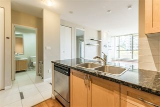 "Photo 11: 402 6823 STATION HILL Drive in Burnaby: South Slope Condo for sale in ""BELVEDERE"" (Burnaby South)  : MLS®# R2509320"