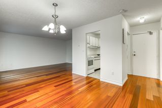 """Photo 2: 305 6931 COONEY Road in Richmond: Brighouse Condo for sale in """"DOLPHIN PLACE"""" : MLS®# R2515140"""
