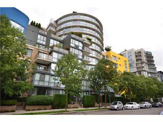 Photo 1: 213 1485 W 6TH Avenue in Vancouver: False Creek Condo for sale (Vancouver West)  : MLS®# V913670