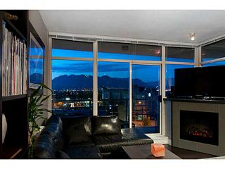 Photo 4: # 409 298 E 11TH AV in Vancouver: Mount Pleasant VE Condo for sale (Vancouver East)  : MLS®# V1005703