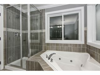 "Photo 14: 2352 MERLOT Boulevard in Abbotsford: Aberdeen House for sale in ""Pepin Brook Estates"" : MLS®# F1326399"