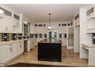 "Photo 8: 2352 MERLOT Boulevard in Abbotsford: Aberdeen House for sale in ""Pepin Brook Estates"" : MLS®# F1326399"