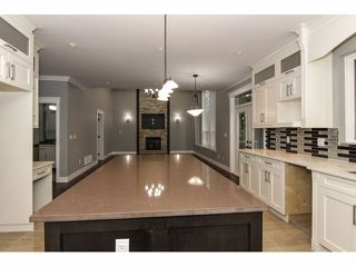 "Photo 10: 2352 MERLOT Boulevard in Abbotsford: Aberdeen House for sale in ""Pepin Brook Estates"" : MLS®# F1326399"