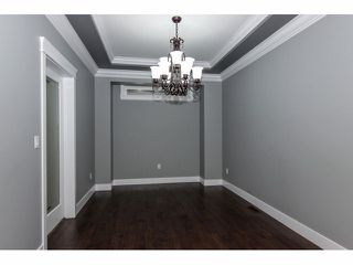 "Photo 3: 2352 MERLOT Boulevard in Abbotsford: Aberdeen House for sale in ""Pepin Brook Estates"" : MLS®# F1326399"