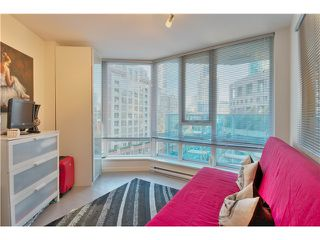 Photo 11: 905 788 HAMILTON Street in Vancouver: Downtown VW Condo for sale (Vancouver West)  : MLS®# V1043818