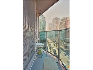 Photo 17: 905 788 HAMILTON Street in Vancouver: Downtown VW Condo for sale (Vancouver West)  : MLS®# V1043818