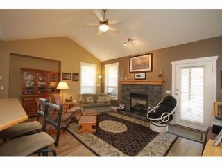 Photo 7: 462 NAISMITH Avenue: Harrison Hot Springs House for sale : MLS®# H1400361