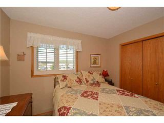 Photo 11: 54 WEST EDGE Road: Cochrane Residential Detached Single Family for sale : MLS®# C3618257