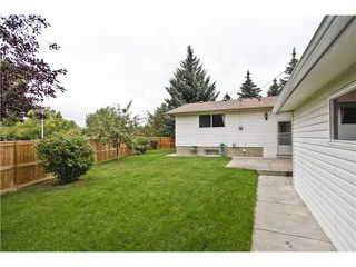 Photo 16: 7043 61 Avenue NW in Calgary: Silver Springs Residential Detached Single Family for sale : MLS®# C3644047
