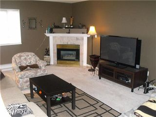 "Photo 3: 204 19128 FORD Road in Pitt Meadows: Central Meadows Condo for sale in ""BEACON SQUARE"" : MLS®# V1095908"