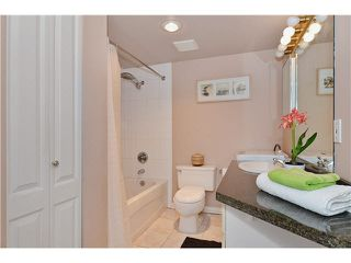 "Photo 11: 309 3455 ASCOT Place in Vancouver: Collingwood VE Condo for sale in ""QUEEN'S COURT"" (Vancouver East)  : MLS®# V1105567"