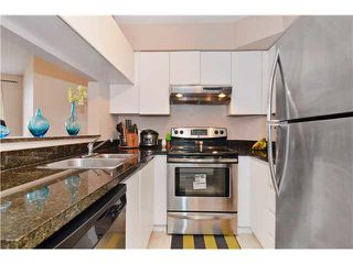 "Photo 8: 309 3455 ASCOT Place in Vancouver: Collingwood VE Condo for sale in ""QUEEN'S COURT"" (Vancouver East)  : MLS®# V1105567"