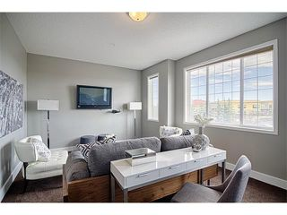 Photo 12: 544 COUGAR RIDGE Drive SW in Calgary: Cougar Ridge House for sale : MLS®# C4003202