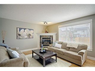 Photo 5: 544 COUGAR RIDGE Drive SW in Calgary: Cougar Ridge House for sale : MLS®# C4003202