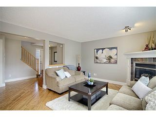 Photo 10: 544 COUGAR RIDGE Drive SW in Calgary: Cougar Ridge House for sale : MLS®# C4003202