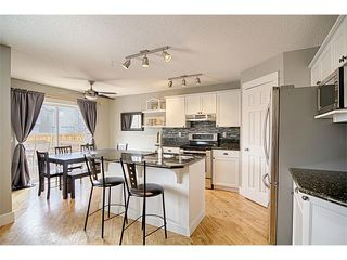 Photo 2: 544 COUGAR RIDGE Drive SW in Calgary: Cougar Ridge House for sale : MLS®# C4003202