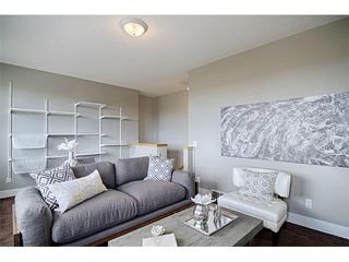 Photo 15: 544 COUGAR RIDGE Drive SW in Calgary: Cougar Ridge House for sale : MLS®# C4003202