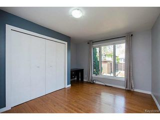 Photo 3: 19 Montcalm Crescent in WINNIPEG: West Kildonan / Garden City Residential for sale (North West Winnipeg)  : MLS®# 1513797
