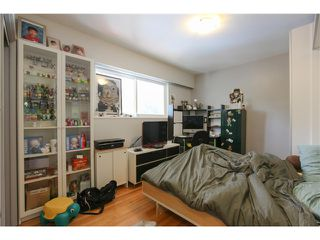 Photo 11: 8255 ELLIOTT Street in Vancouver: Fraserview VE House for sale (Vancouver East)  : MLS®# V1124982