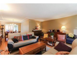 Photo 4: 8255 ELLIOTT Street in Vancouver: Fraserview VE House for sale (Vancouver East)  : MLS®# V1124982