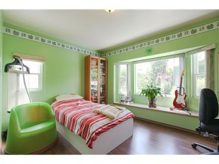 Photo 12: 8255 ELLIOTT Street in Vancouver: Fraserview VE House for sale (Vancouver East)  : MLS®# V1124982