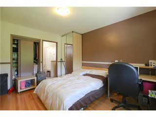 Photo 13: 8255 ELLIOTT Street in Vancouver: Fraserview VE House for sale (Vancouver East)  : MLS®# V1124982
