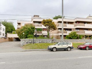 """Photo 10: 314 715 ROYAL Avenue in New Westminster: Uptown NW Condo for sale in """"VISTA ROYALE"""" : MLS®# V1131842"""