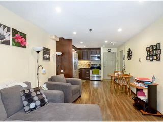 """Photo 5: 314 715 ROYAL Avenue in New Westminster: Uptown NW Condo for sale in """"VISTA ROYALE"""" : MLS®# V1131842"""