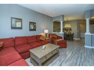 "Photo 10: 424 13880 70TH Avenue in Surrey: East Newton Condo for sale in ""CHELSEA GARDENS"" : MLS®# F1445932"