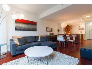 Photo 3: 1231 SEYMOUR Street in Vancouver West: Downtown VW Home for sale ()  : MLS®# V979770