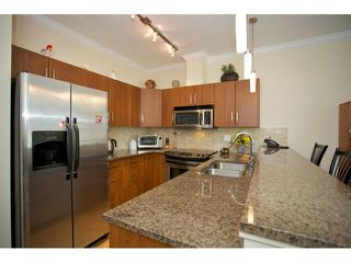 "Photo 10: 102 2632 PAULINE Street in Abbotsford: Central Abbotsford Condo for sale in ""Yale Crossing"" : MLS®# F1450210"