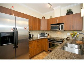 "Photo 12: 102 2632 PAULINE Street in Abbotsford: Central Abbotsford Condo for sale in ""Yale Crossing"" : MLS®# F1450210"