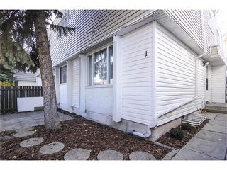 Photo 1: 1 6424 4 Street NE in Calgary: Thorncliffe House for sale : MLS®# C4035130